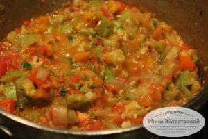 Соте из кабачков, веганский соус