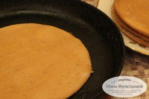 Медовые коржи для торта Рыжика