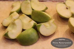 Шаг 3. Подготовить яблоки