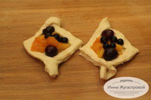 Шаг 6. Сформировать фруктово-ягодные пирожные