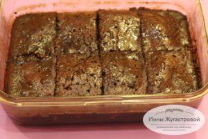 Шоколадный пирог с заливкой