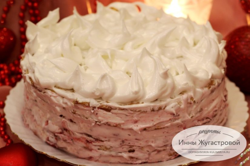 Песочный торт Зимний с белковым кремом и лимонно-клюквенной начинкой
