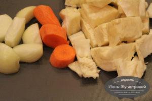 Шаг 2. Нарезать овощи