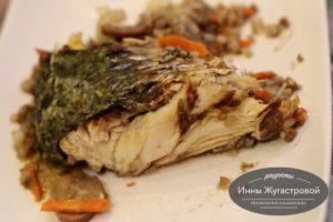 Запеченный пеленгас с гречкой, грибами
