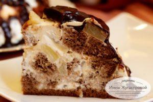 Бисквитный шоколадный торт с ананасами