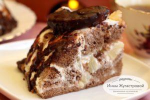 Шоколадный бисквитный торт с ананасами