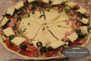 Шаг 7. Выложить сыр