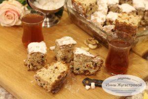 Пирог Мазурка с орехами и сухофруктами