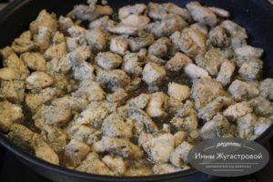 Потушить куриное филе