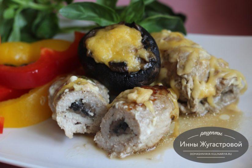 Рулетики (мясные пальчики) из свинины с грибной начинкой