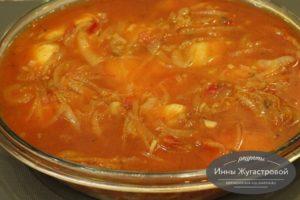 Судак в томатном соусе со специями