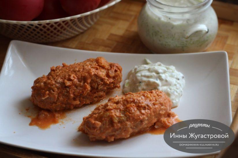 Ленивые голубцы в томатном соусе из фарша, капусты и риса в духовке