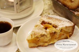 Песочный открытый персиковый пирог