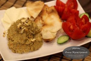 Веганский паштет из чечевицы с грецкими орехами