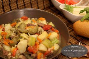 Овощной соус на куриных сердечках