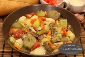 Летний овощной соус на куриных сердечках