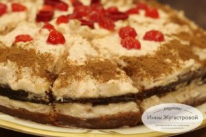 Бисквитный яблочный торт