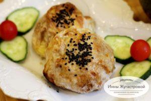 Колобки из лаваша с овощной начинкой и сыром
