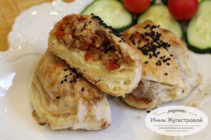 Колобки из лаваша с овощами и сыром, запеченные в духовке