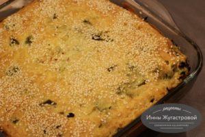 Наливной пирог с брокколи, рисом и шпинатом