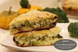 Наливной пирог с брокколи, шпинатом и рисом