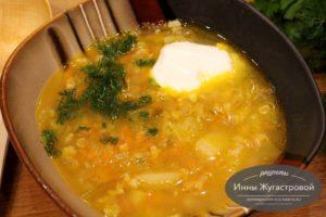 Постный веганский суп рассольник с геркулесом