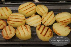 Картофель гриль в мультипекаре Redmond