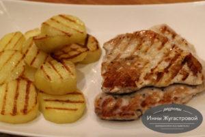 Мясо с картошкой на гриле в электрическом мультипекаре Редмонд