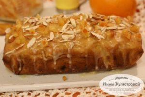 Постный апельсиновый кекс с цедрой, изюмом и апельсиновой глазурью