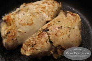Запечь фаршированное куриное филе