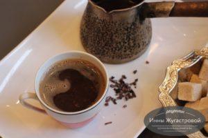 Шоколадный кофе с какао крупкой