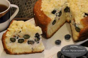 Ягодный пирог с голубикойии кремом