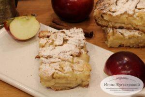 Ленивая яблочно-грушевая шарлотка из белого хлеба