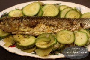 Рыба (пеленгас) в фольге в духовке с овощами