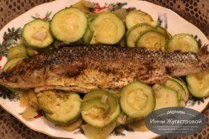 Рыба в фольге в духовке с овощами