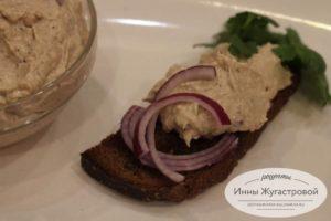 Домашний шпротный паштет с плавленым сыром