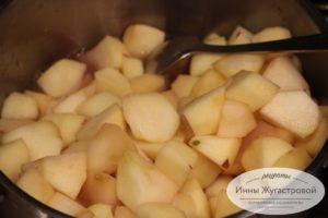 Варить яблоки в соке