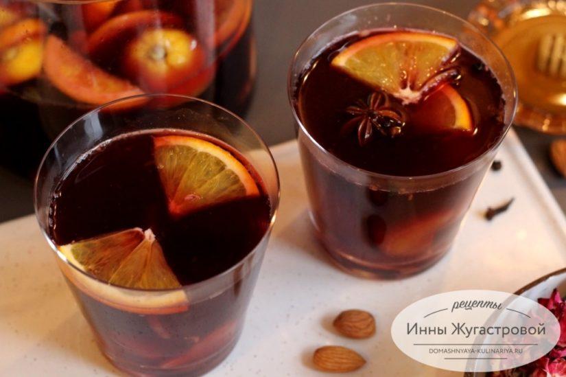 Глёг и глинтвейн на сухом красном вине с пряностями и цитрусовыми