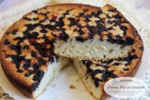 Бисквитный пирог с тютиной