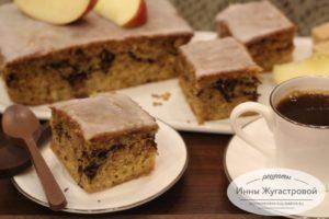 Ароматный яблочный кекс