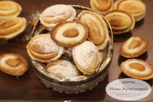 Орешки со сливочно-заварным кремом
