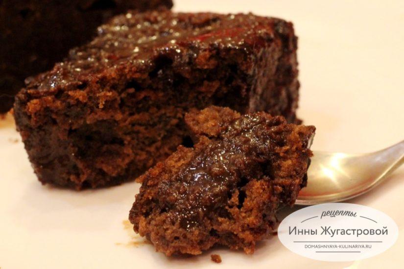 Влажный шоколадный пирог (десерт) на скорую руку