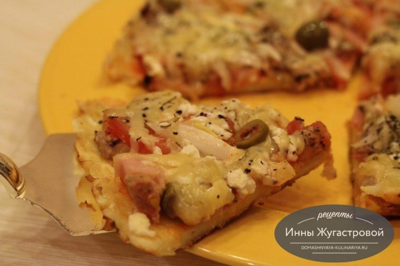 Быстрая перевернутая пицца на сковороде