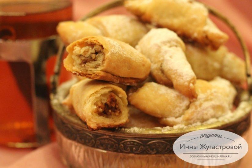 Ореховые трубочки Мутаки из песочного теста