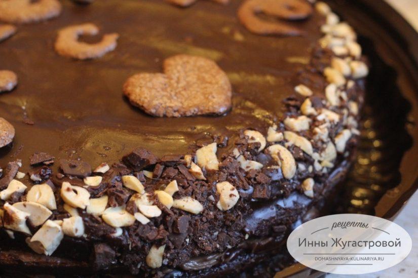 Шоколадный торт Прага. Украшения из шоколадной меренги