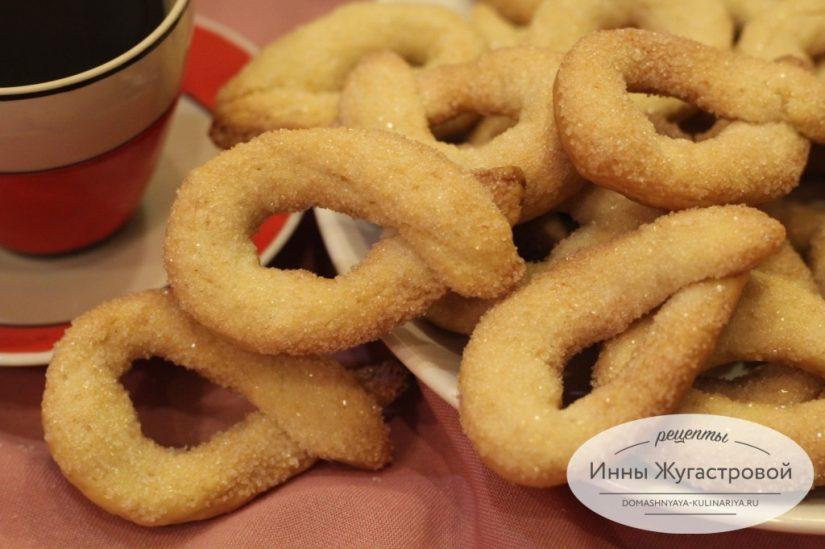 Итальянское песочное печенье торчетти быстрого приготовления