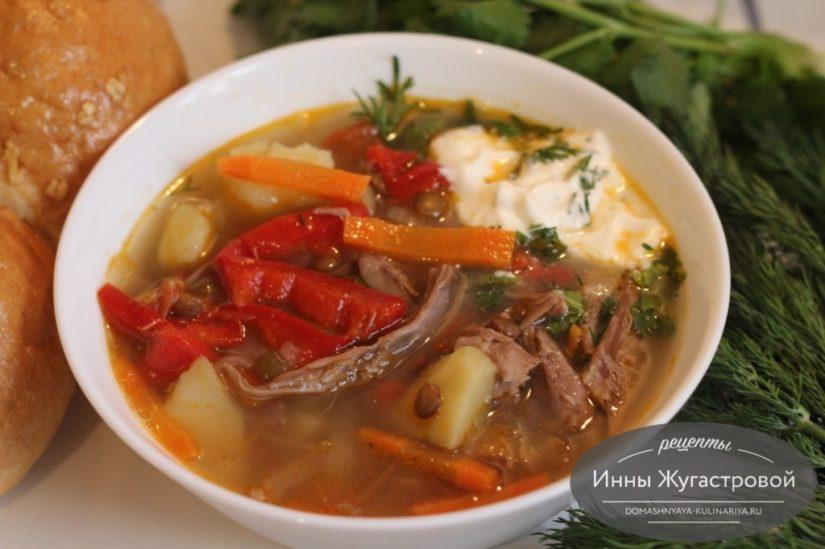 Суп из индейки с чечевицей и овощами, вкусный и ароматный