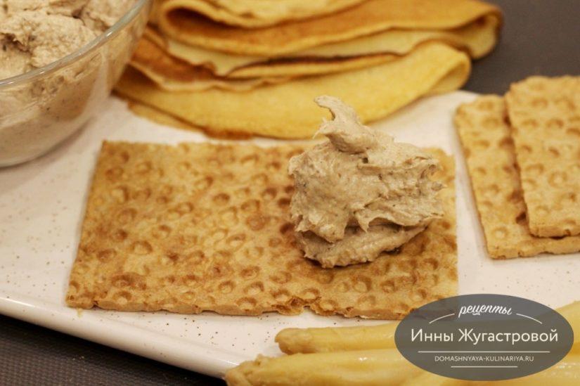 Шпротный крем-чиз (сырный шпротный паштет), быстрая холодная закуска
