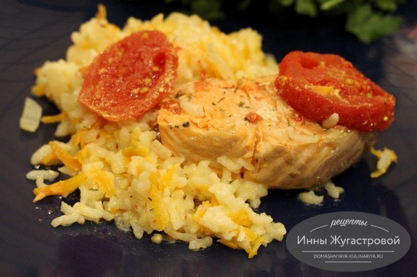 Семга с рисом и овощами в мультиварке, простой рецепт вкусного обеда