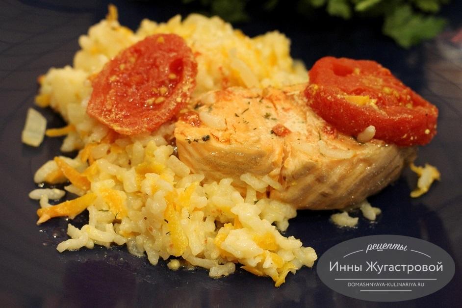 Семга с рисом и овощами в мультиварке